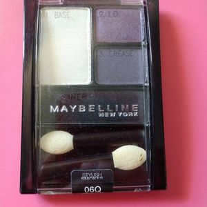 💲FREE💲NEW Maybelline Amethyst Smokes Eyeshadow